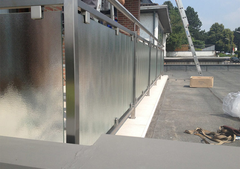 Glasgeländer Geländer aus Glas modern